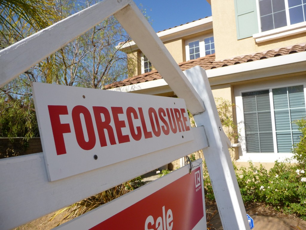 Sign_of_the_Times-Foreclosure
